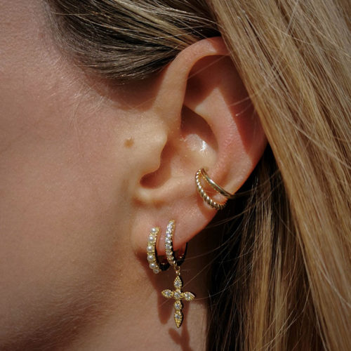 Fourth-Dimension-Gold-Earcuff-2-People