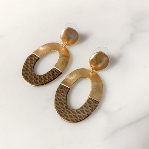 Fourth-Dimension-Ohrring-Gold-Silber-Schmuck-Muenchen-minimal-oval-schlange-schlamm